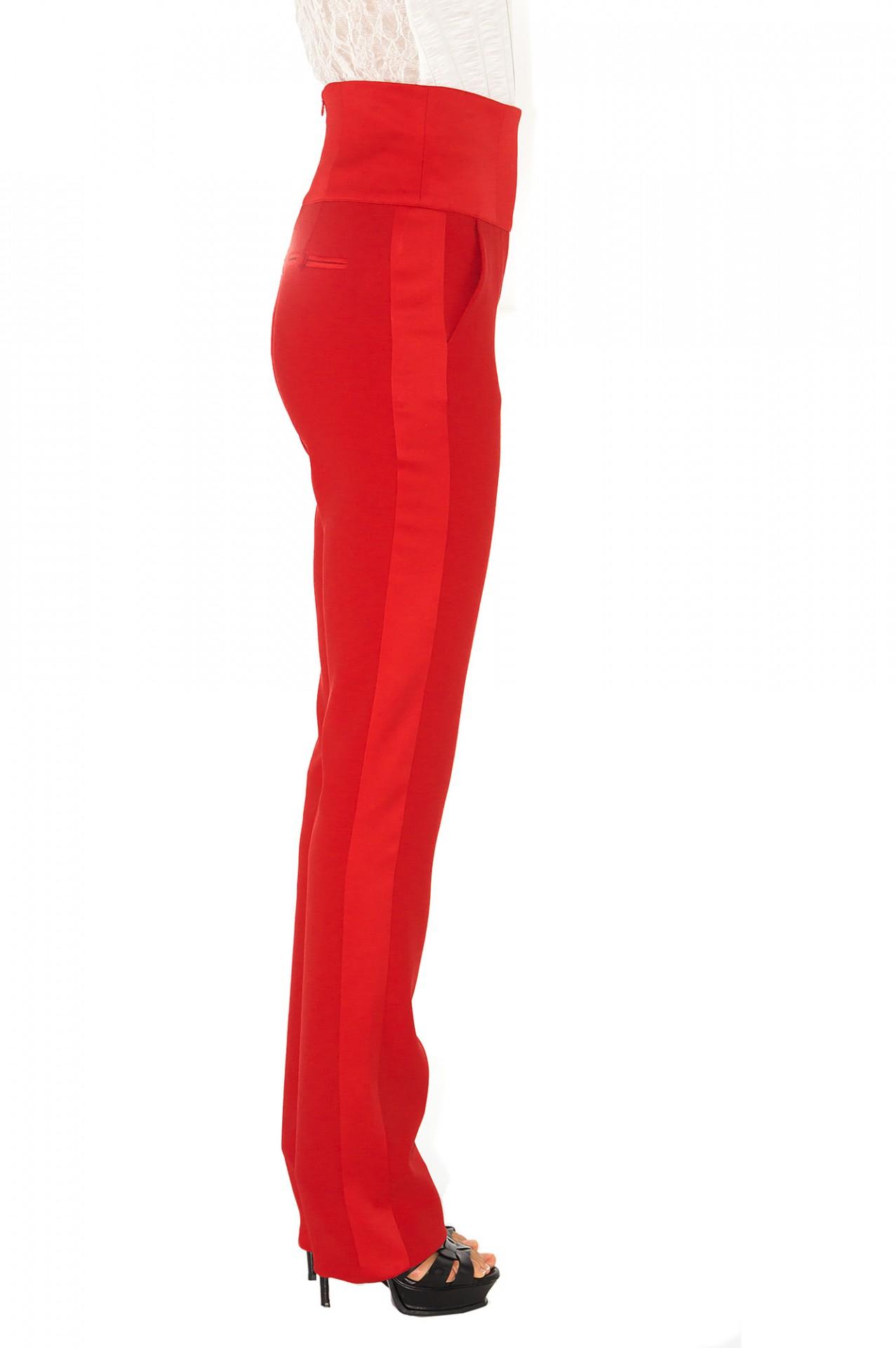 pantalon de smoking taille haute en cr pe rouge stefanie. Black Bedroom Furniture Sets. Home Design Ideas